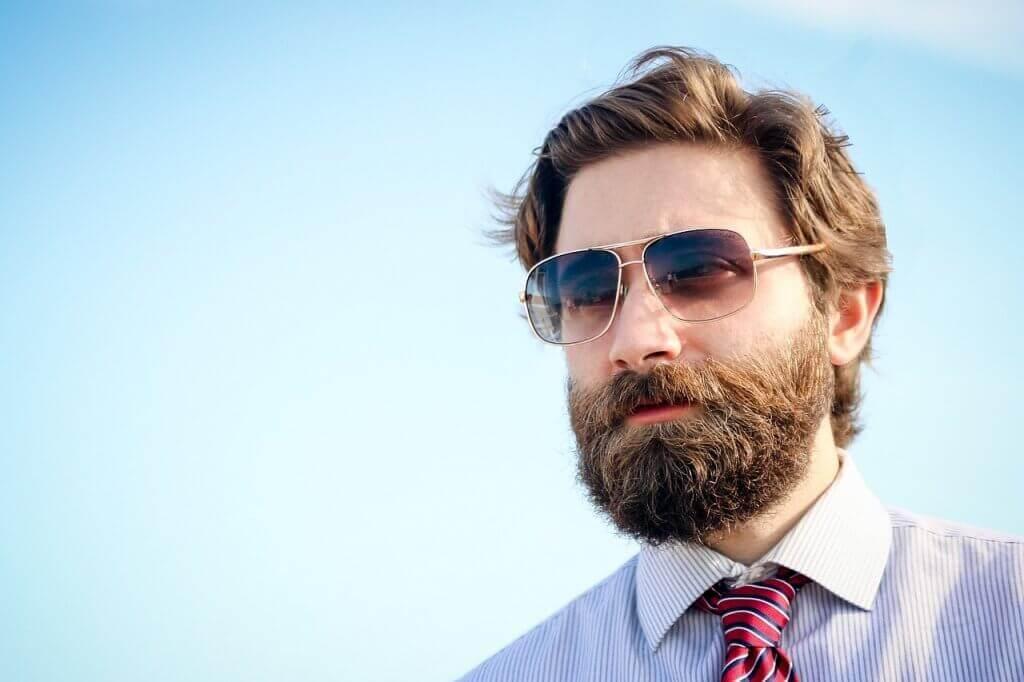 Cómo hacer crecer la barba